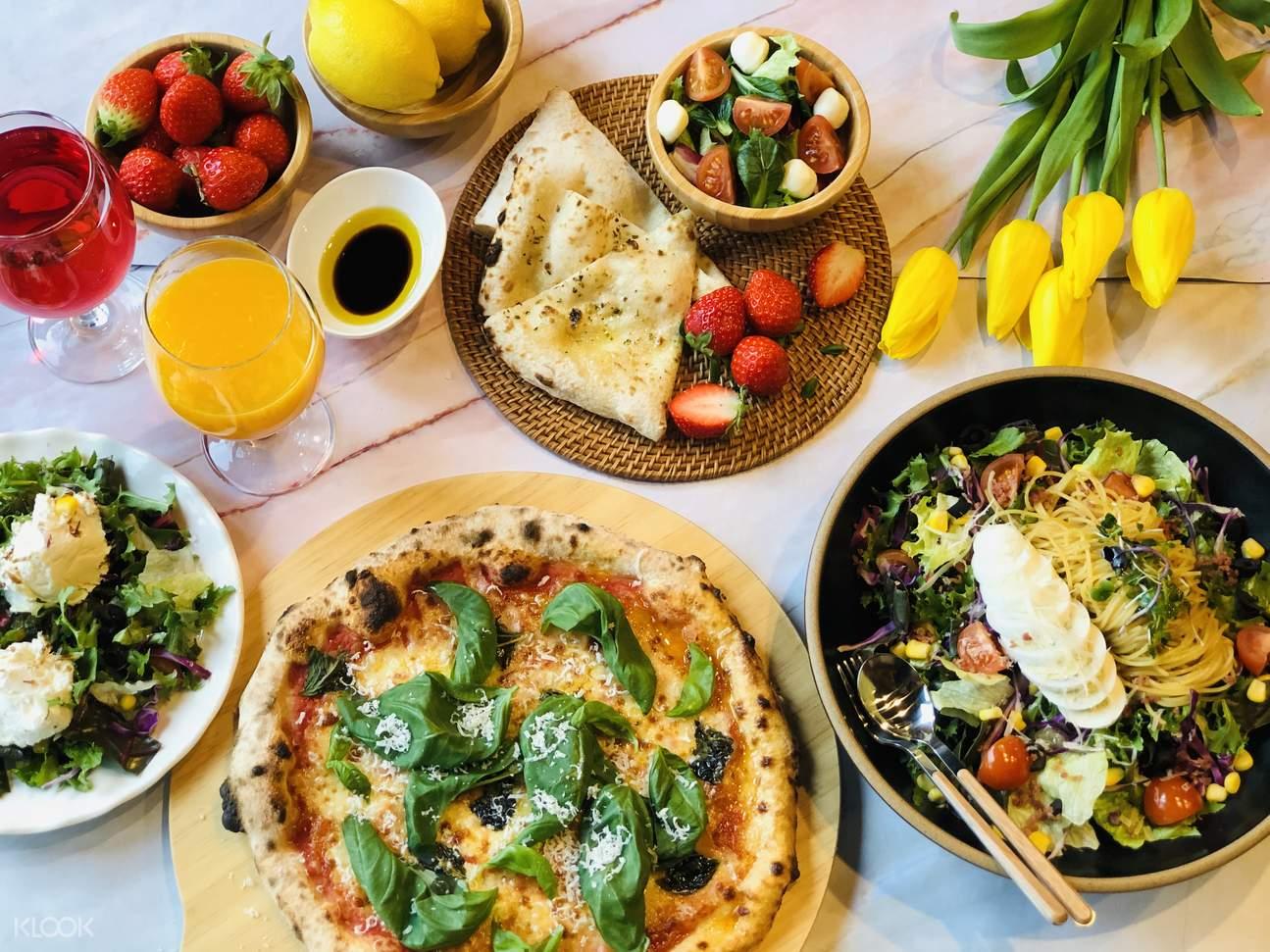 나들이에는 식도락이 필수! 카페 & 레스토랑 바우처로 남이섬에서의 맛있는 여유를 즐기세요.